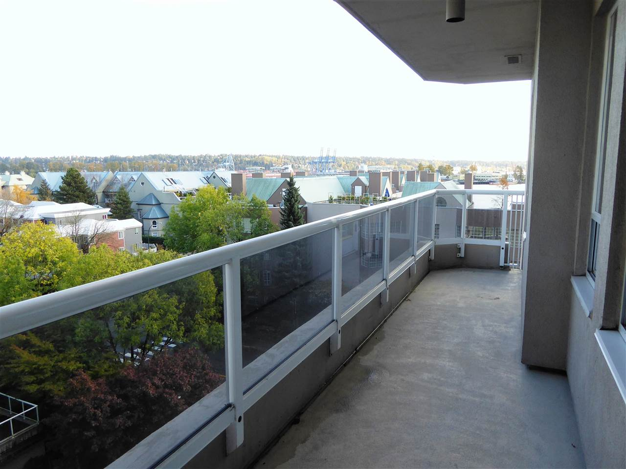 "Photo 14: 701 1185 QUAYSIDE Drive in New Westminster: Quay Condo for sale in ""RIVIERA"" : MLS(r) # R2117245"