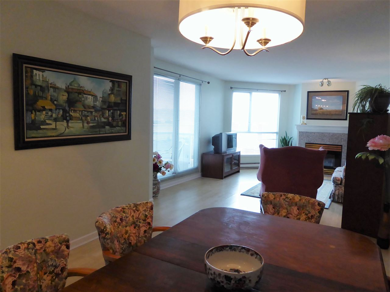 "Photo 4: 701 1185 QUAYSIDE Drive in New Westminster: Quay Condo for sale in ""RIVIERA"" : MLS(r) # R2117245"