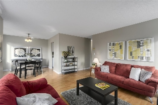 "Main Photo: 101 1720 SOUTHMERE Crescent in Surrey: Sunnyside Park Surrey Condo for sale in ""Spinnaker 1"" (South Surrey White Rock)  : MLS(r) # R2122154"