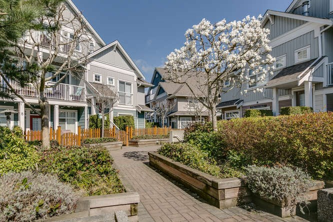 "Main Photo: 9 6300 LONDON Road in Richmond: Steveston South Townhouse for sale in ""LONDON LANDING"" : MLS® # R2152862"