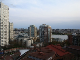 "Main Photo: 1406 283 DAVIE Street in Vancouver: Yaletown Condo for sale in ""PACIFIC PLAZA"" (Vancouver West)  : MLS(r) # R2155233"