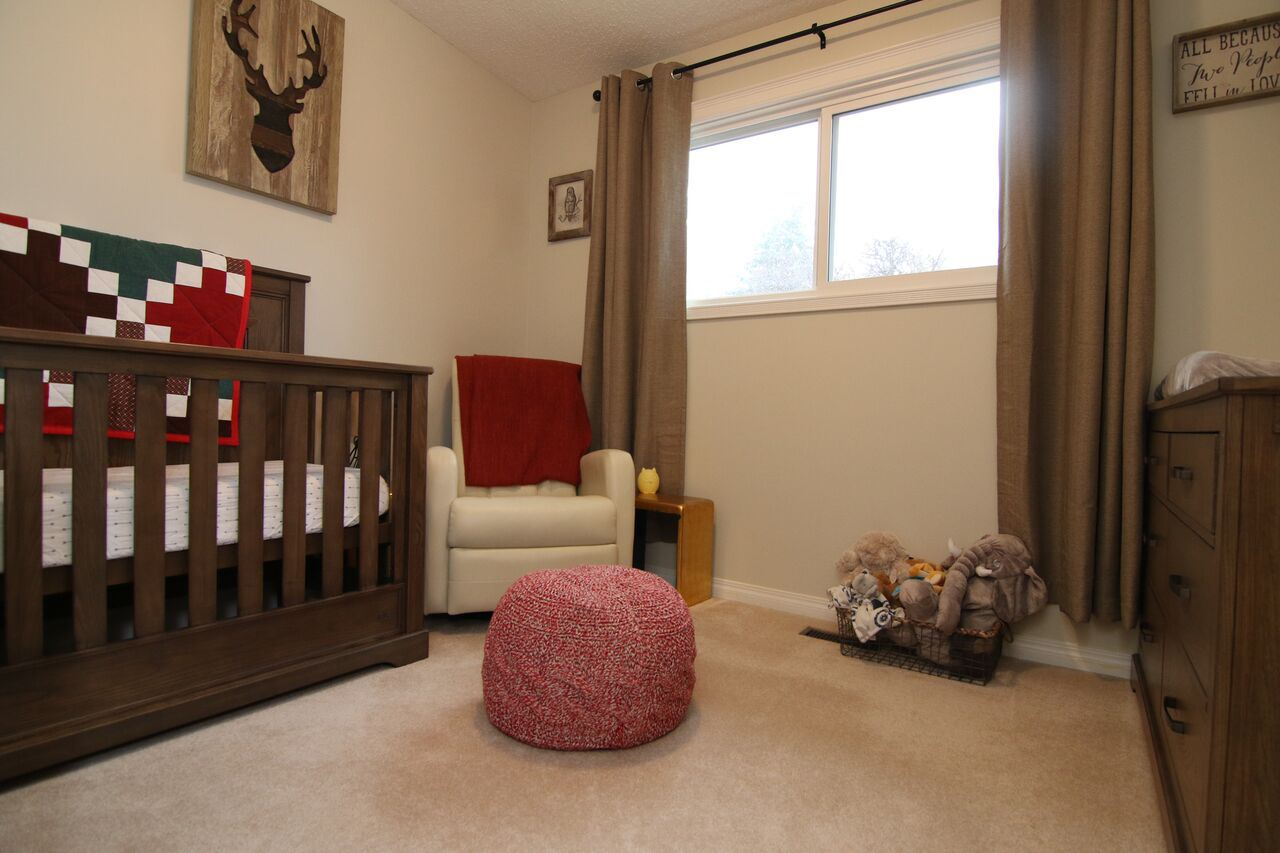 Photo 14: 28 MONTCALM Crescent: St. Albert House for sale : MLS(r) # E4059953