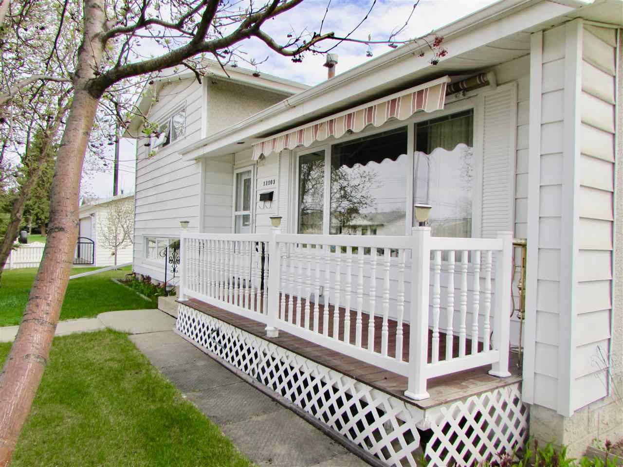 Main Photo: 13103 85 Street in Edmonton: Zone 02 House for sale : MLS(r) # E4063607