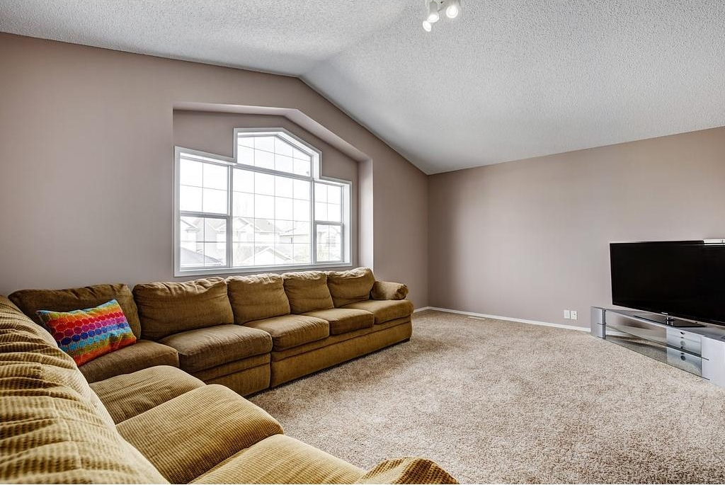 Photo 12: 147 TUSCANY HILLS Circle NW in Calgary: Tuscany House for sale : MLS® # C4115208