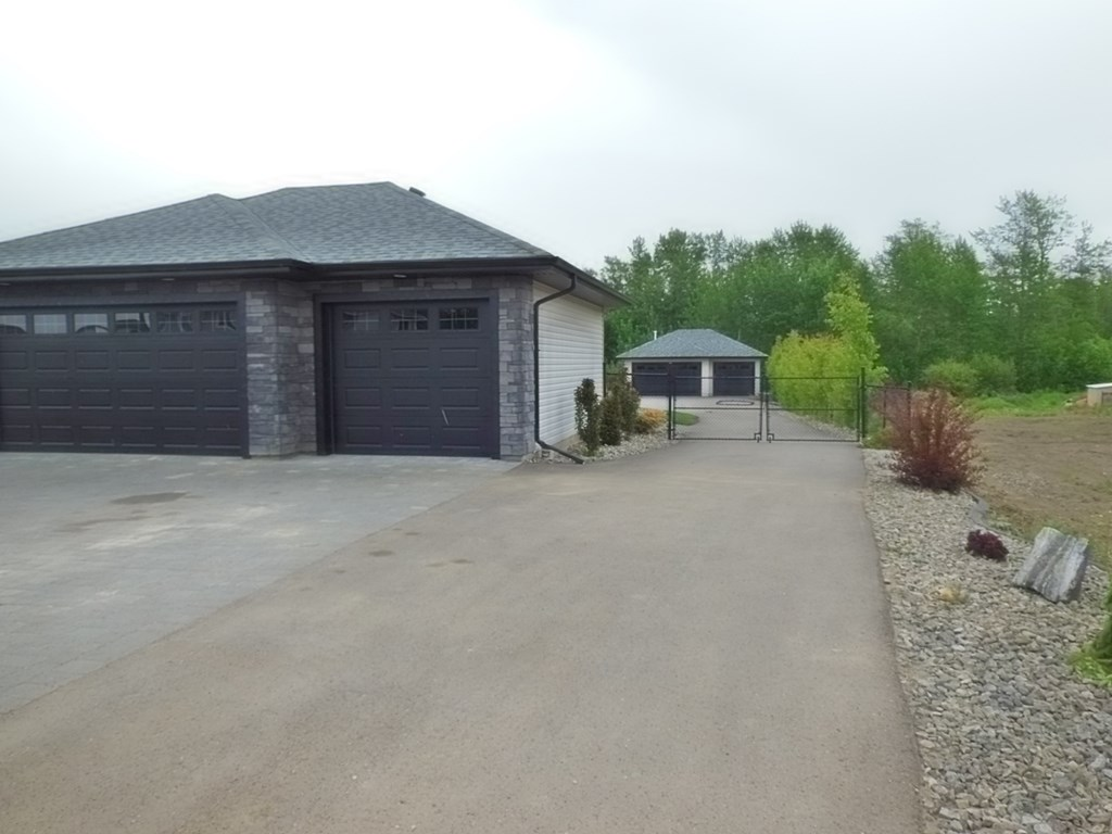 Photo 30: 3725 47 Street: Gibbons House for sale : MLS® # E4064715