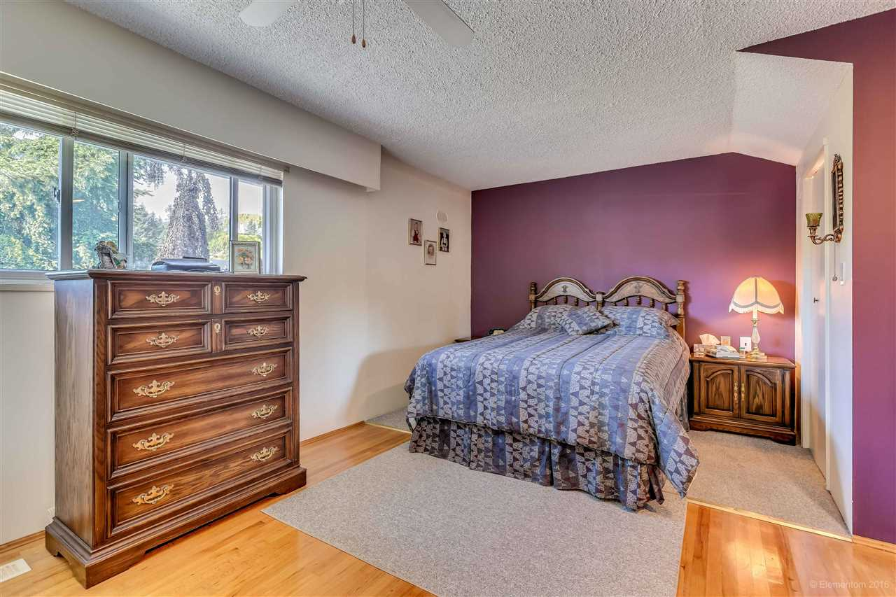 Photo 8: 2311 LATIMER Avenue in Coquitlam: Central Coquitlam House for sale : MLS® # R2169702