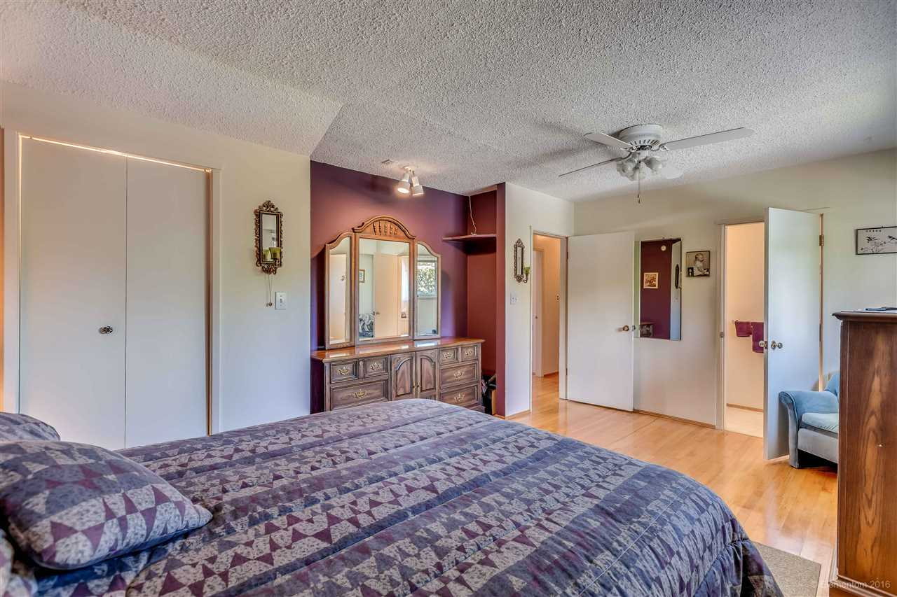 Photo 9: 2311 LATIMER Avenue in Coquitlam: Central Coquitlam House for sale : MLS® # R2169702