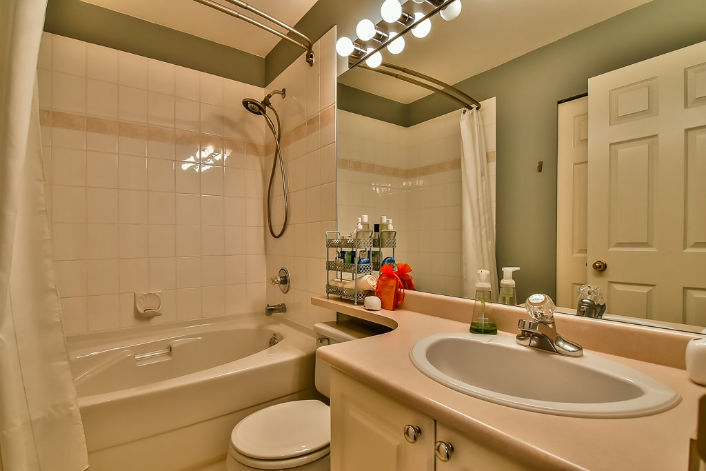 "Photo 14: 88 7501 CUMBERLAND Street in Burnaby: The Crest Townhouse for sale in ""DEERFIELD"" (Burnaby East)  : MLS(r) # R2170143"