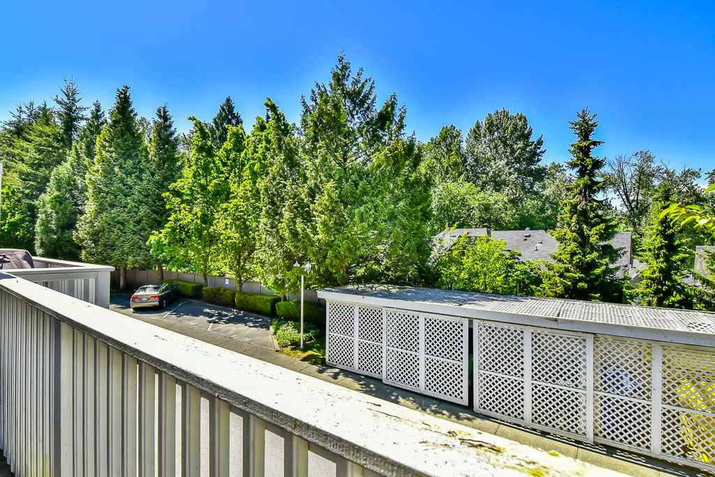 "Photo 18: 88 7501 CUMBERLAND Street in Burnaby: The Crest Townhouse for sale in ""DEERFIELD"" (Burnaby East)  : MLS(r) # R2170143"