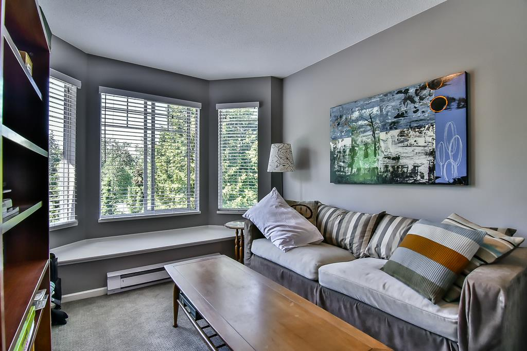 "Photo 15: 88 7501 CUMBERLAND Street in Burnaby: The Crest Townhouse for sale in ""DEERFIELD"" (Burnaby East)  : MLS(r) # R2170143"