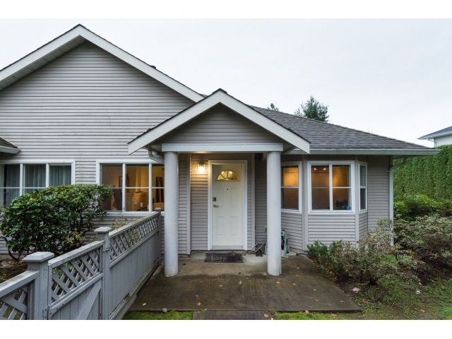 Main Photo: 22 7127 124 STREET in Surrey: Home for sale : MLS® # R2016035