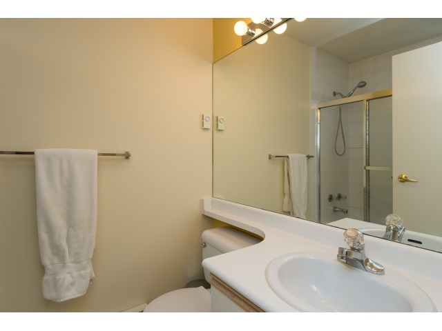 Photo 14: 22 7127 124 STREET in Surrey: Home for sale : MLS® # R2016035