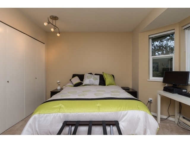 Photo 15: 22 7127 124 STREET in Surrey: Home for sale : MLS(r) # R2016035