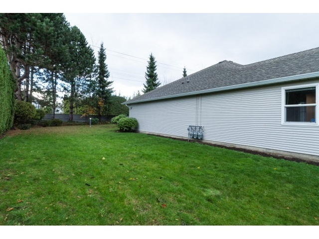 Photo 20: 22 7127 124 STREET in Surrey: Home for sale : MLS(r) # R2016035