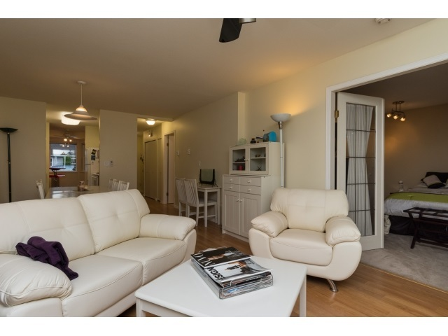 Photo 5: 22 7127 124 STREET in Surrey: Home for sale : MLS(r) # R2016035