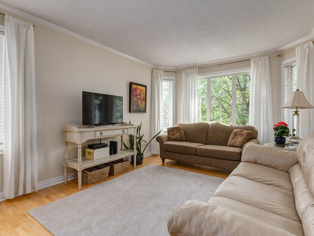 Photo 5: 20 RIVERSIDE Place SE in Calgary: Riverbend House for sale : MLS® # C4129406