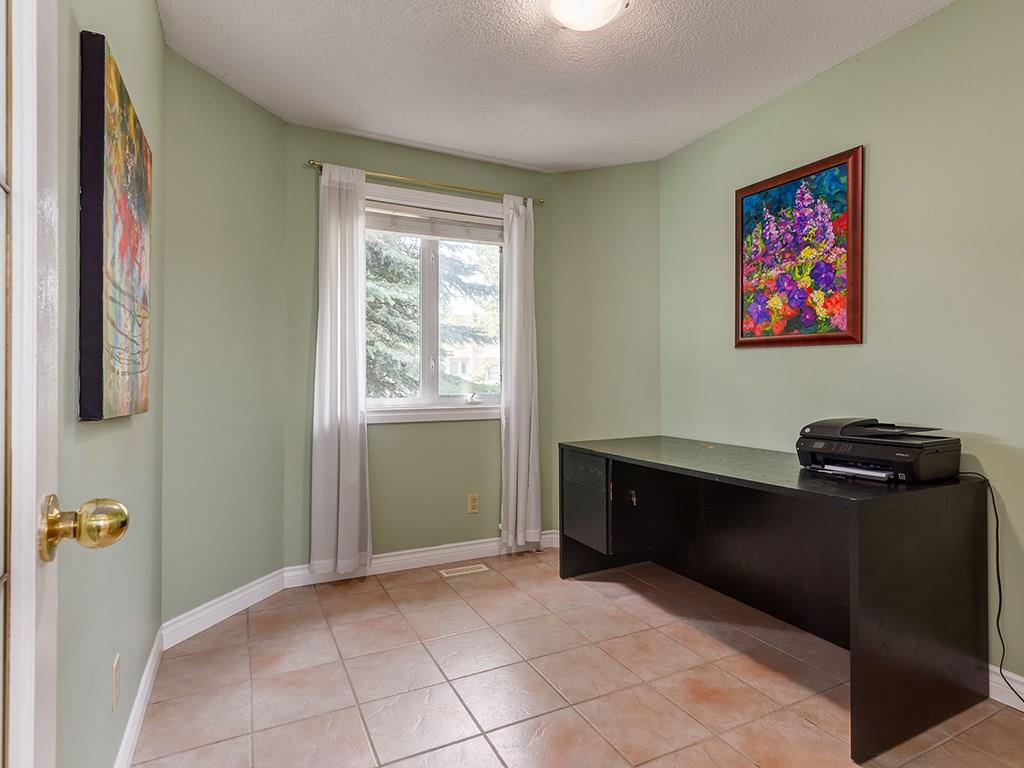 Photo 10: 20 RIVERSIDE Place SE in Calgary: Riverbend House for sale : MLS® # C4129406