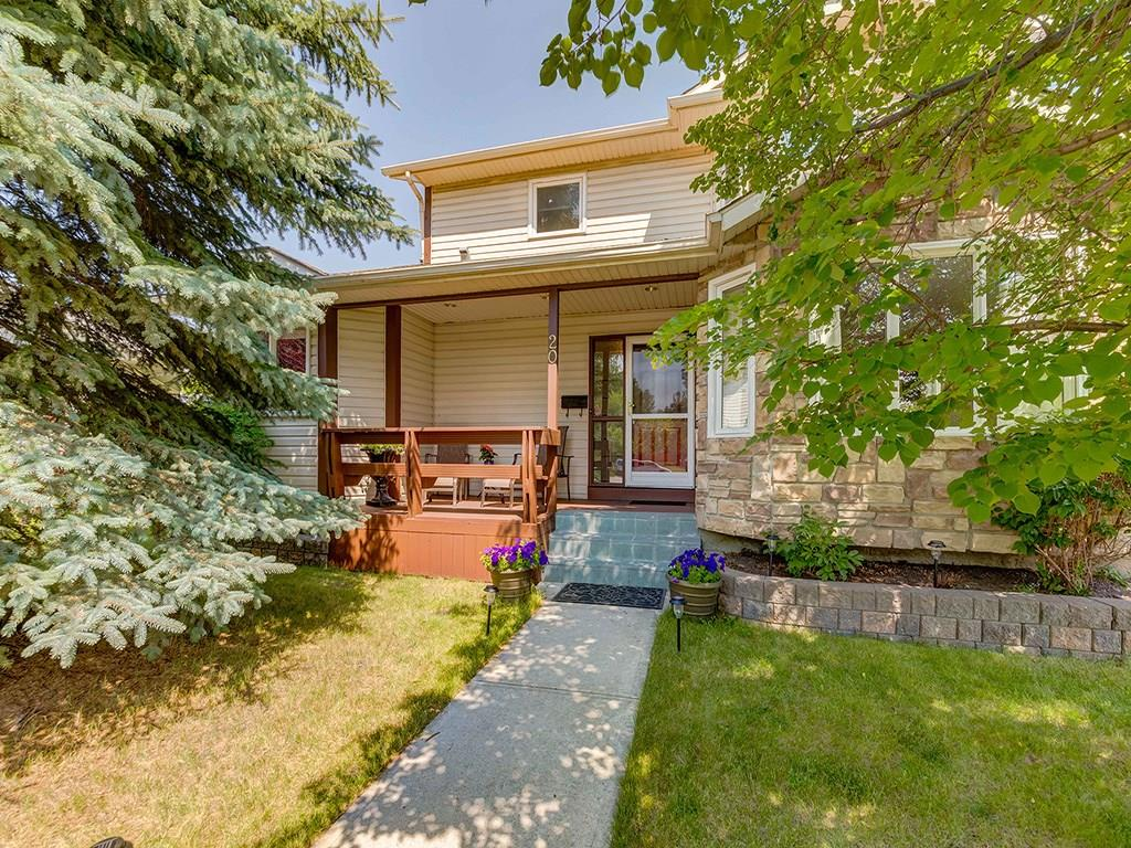 Photo 1: 20 RIVERSIDE Place SE in Calgary: Riverbend House for sale : MLS® # C4129406