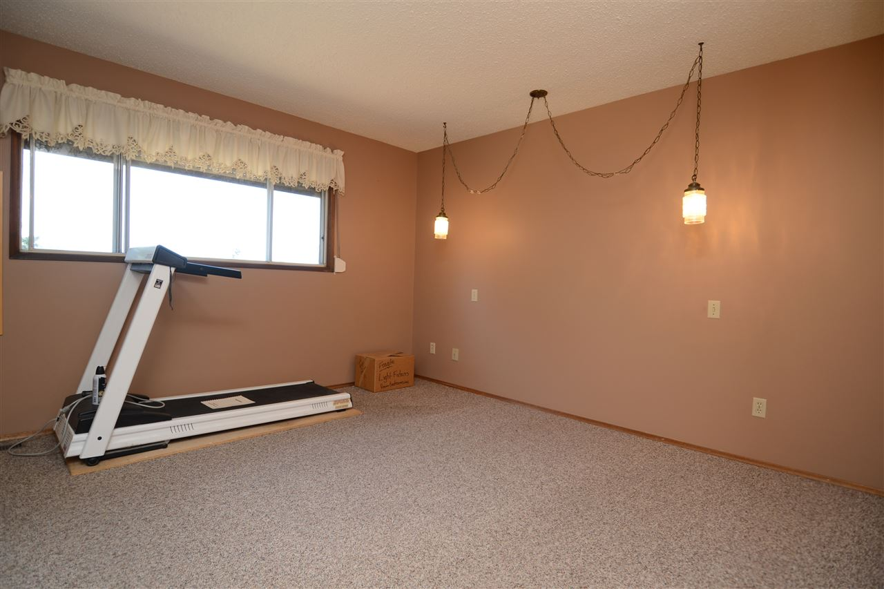 Photo 18:  in Edmonton: Zone 29 House for sale : MLS® # E4077564