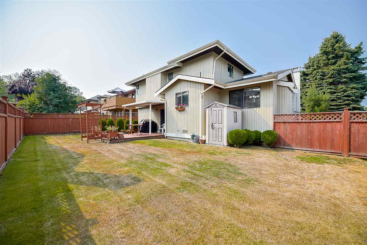 "Photo 19: 13390 65B Avenue in Surrey: West Newton House for sale in ""WEST NEWTON"" : MLS® # R2198299"