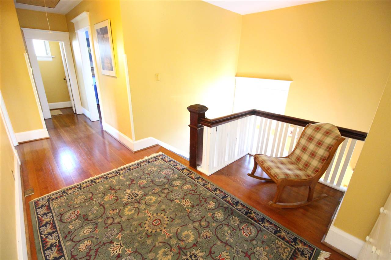 Photo 14: 335 PINE Street in New Westminster: Queens Park House for sale : MLS® # R2202054
