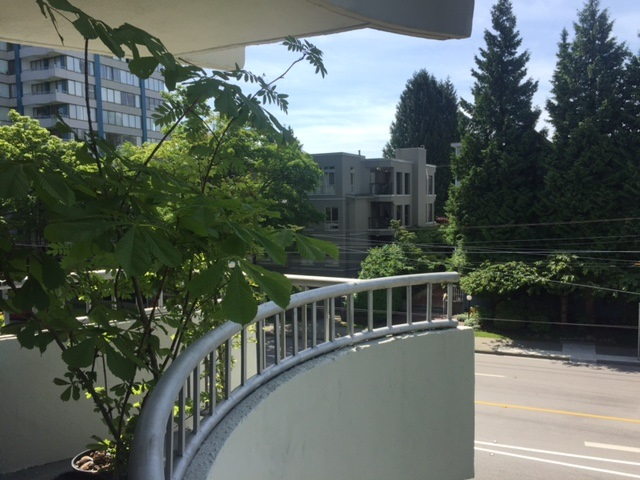 Main Photo: 303 4691 W 10TH AVENUE in Vancouver: Point Grey Condo for sale (Vancouver West)  : MLS® # R2173663