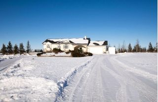 Main Photo: 283230 MEADOW RIDGE Drive in Rural Rocky View County: Rural Rocky View MD House for sale : MLS® # C4166442