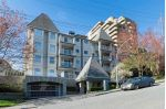"Main Photo: 410 1035 AUCKLAND Street in New Westminster: Uptown NW Condo for sale in ""QUEEN'S TERRACE"" : MLS® # R2241967"