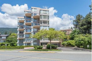 "Main Photo: 1 2243 BELLEVUE Avenue in West Vancouver: Dundarave Condo for sale in ""Belle Fleur"" : MLS®# R2302667"