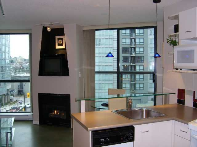 "Photo 2: 503 501 PACIFIC Street in Vancouver: Downtown VW Condo for sale in ""THE 501"" (Vancouver West)  : MLS(r) # V896884"