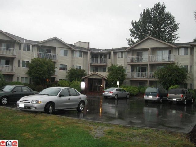 "Main Photo: 109 2780 WARE Street in Abbotsford: Central Abbotsford Condo for sale in ""CHELSEA PL"" : MLS(r) # F1123721"