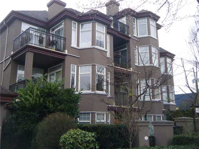 "Main Photo: 304 588 12TH Street in New Westminster: Uptown NW Condo for sale in ""THE REGENCY"" : MLS(r) # V924116"