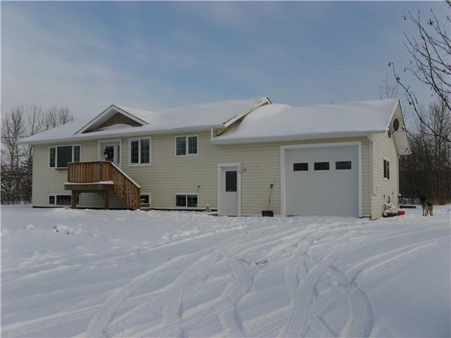 Main Photo: 9553 255TH Road in Fort St. John: Fort St. John - Rural E 100th House for sale (Fort St. John (Zone 60))  : MLS® # N232287