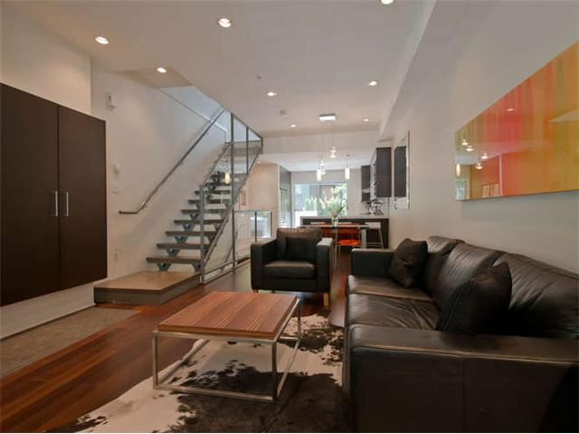 "Main Photo: 2186 W 8TH Avenue in Vancouver: Kitsilano Townhouse for sale in ""CANVAS"" (Vancouver West)  : MLS® # V1066040"
