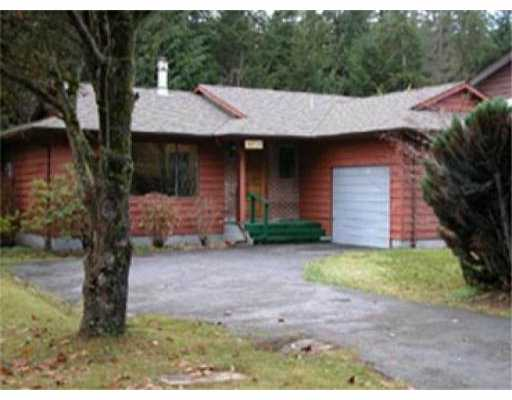 Main Photo: 41929 ROSS RD: Brackendale House for sale (Squamish)  : MLS®# V512926