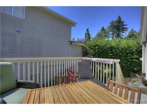 Photo 14: 2639 Pinnacle Way in VICTORIA: La Mill Hill Single Family Detached for sale (Langford)  : MLS® # 354983