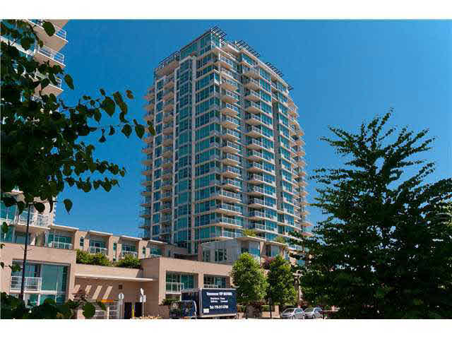 "Main Photo: 1801 188 E ESPLANADE Street in NORTH VANC: Lower Lonsdale Condo for sale in ""ESPLANADE AT THE PIER"" (North Vancouver)  : MLS® # V1142364"