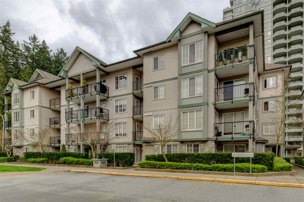 "Main Photo: 305 14859 100 Avenue in Surrey: Guildford Condo for sale in ""GUILDFORD PARK PLACE CHATSWORTH"" (North Surrey)  : MLS®# R2046628"