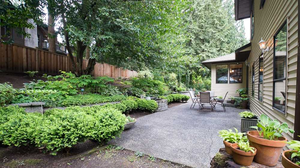 "Photo 14: 23740 59 Avenue in Langley: Salmon River House for sale in ""Tall Timbers"" : MLS(r) # R2061802"