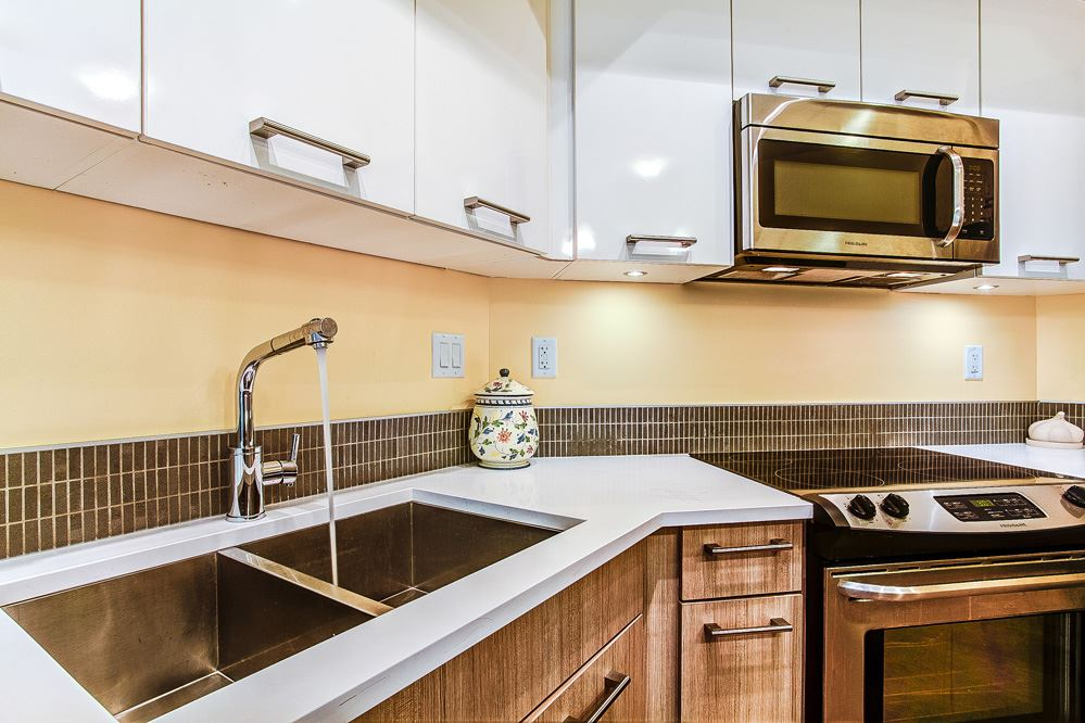 "Photo 3: 509 2214 KELLY Avenue in Port Coquitlam: Central Pt Coquitlam Condo for sale in ""SPRING"" : MLS(r) # R2097396"