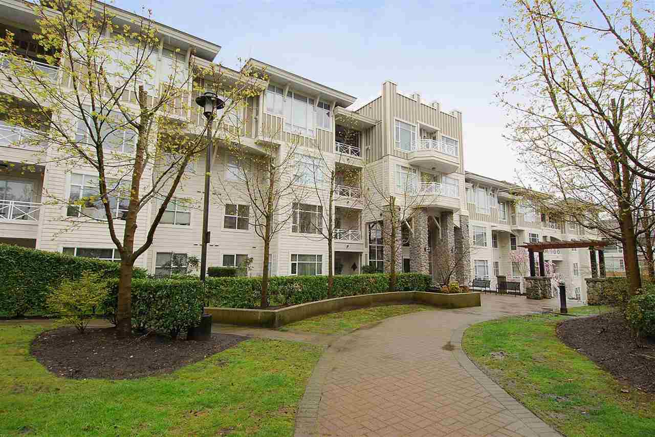 "Main Photo: 312 3625 WINDCREST Drive in North Vancouver: Roche Point Condo for sale in ""Windsong at Ravenwoods"" : MLS(r) # R2127596"
