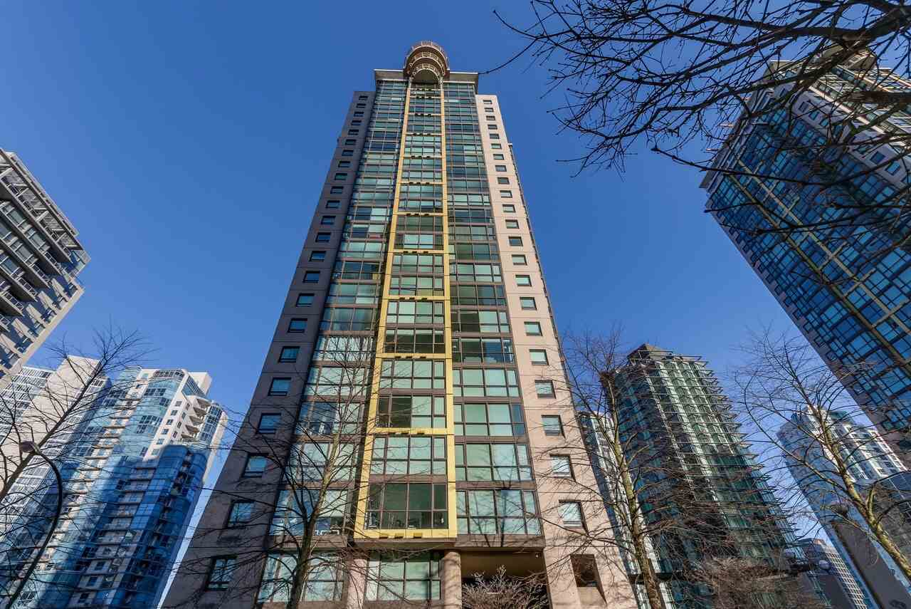 "Main Photo: 1203 1367 ALBERNI Street in Vancouver: West End VW Condo for sale in ""Lions"" (Vancouver West)  : MLS® # R2129197"