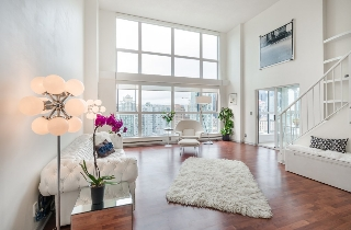 "Main Photo: 1105 1238 SEYMOUR Street in Vancouver: Downtown VW Condo for sale in ""The Space Lofts"" (Vancouver West)  : MLS(r) # R2148357"