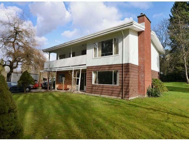 Main Photo: 19243 76 Avenue in Surrey: Clayton House for sale (Cloverdale)  : MLS® # R2175825