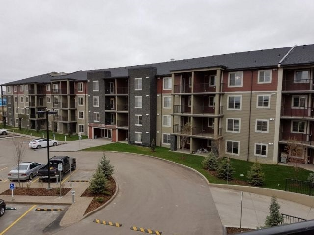 Main Photo: 213 3315 James Mowatt Trail SW in Edmonton: Zone 55 Condo for sale : MLS(r) # E4069216