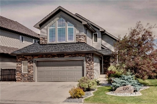 Main Photo: 420 CRYSTAL GREEN Manor: Okotoks House for sale : MLS(r) # C4124322