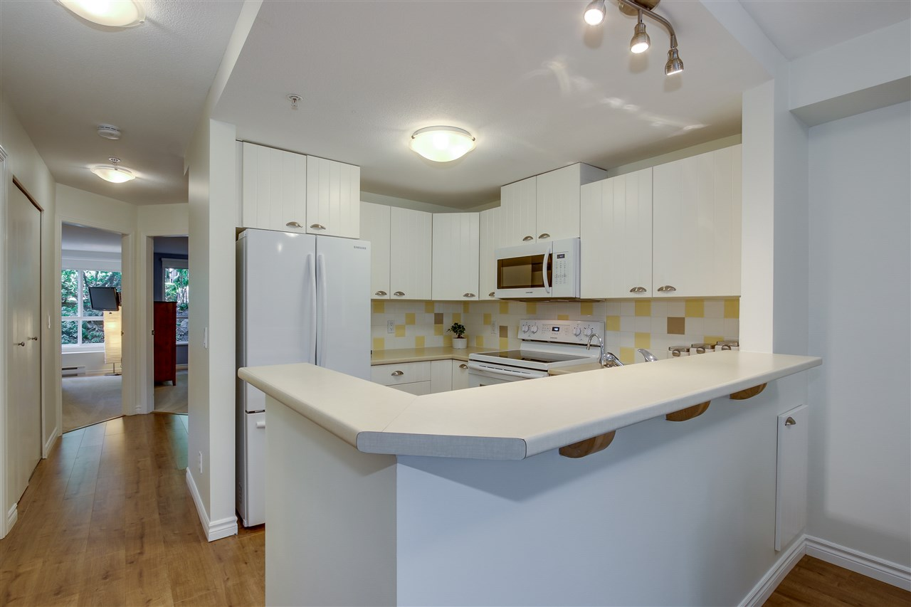 "Main Photo: 7323 MAGNOLIA Terrace in Burnaby: Highgate Townhouse for sale in ""Monterey"" (Burnaby South)  : MLS® # R2188735"