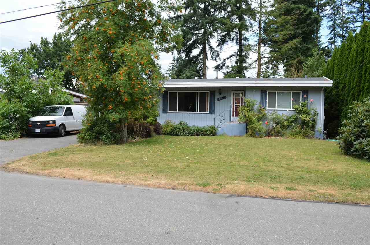 Main Photo: 32217 PINEVIEW Avenue in Abbotsford: Abbotsford West House for sale : MLS(r) # R2188827
