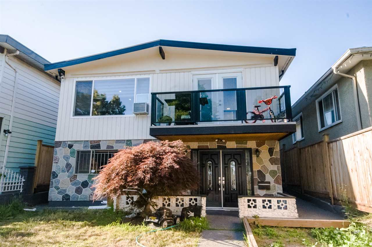 Main Photo: 911 E 62ND Avenue in Vancouver: South Vancouver House for sale (Vancouver East)  : MLS® # R2192131