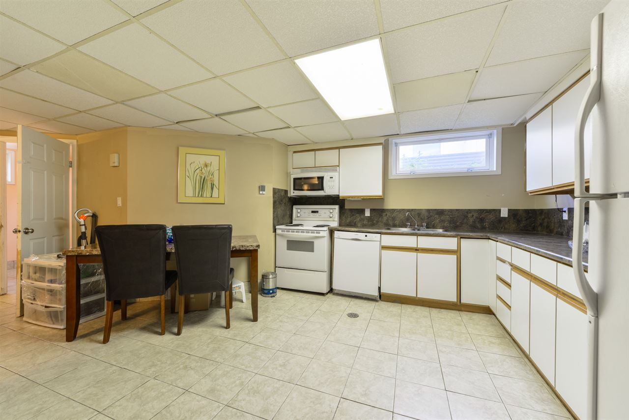In law suite kitchen